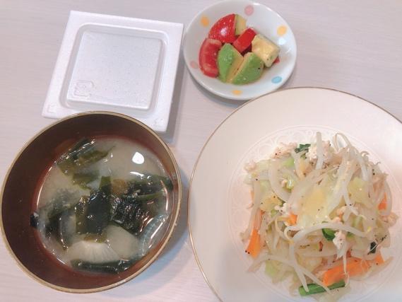 八反美咲さんの夕食メニューの写真