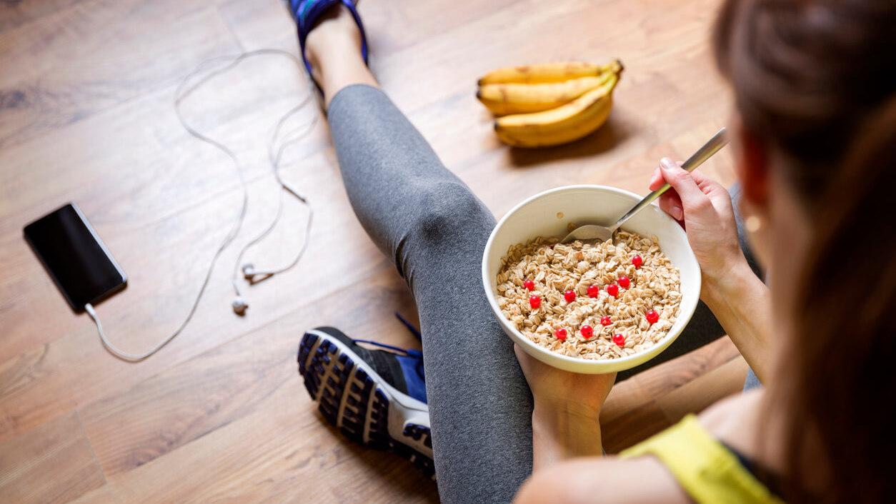 筋トレ前の食事のイメージ画像