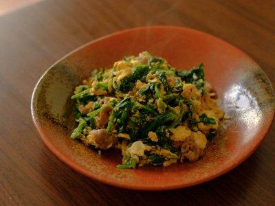 ほうれん草の豚たま炒めーさくっとトレご飯卵編ー