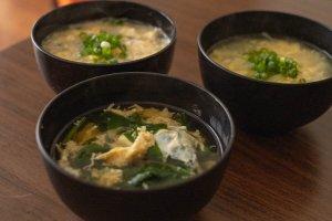 3種類の卵スープの完成写真