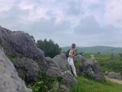 吉田麻衣子の秋吉台ひとり旅!トレッキング初心者でも楽しめる秋吉台の魅力を紹介します